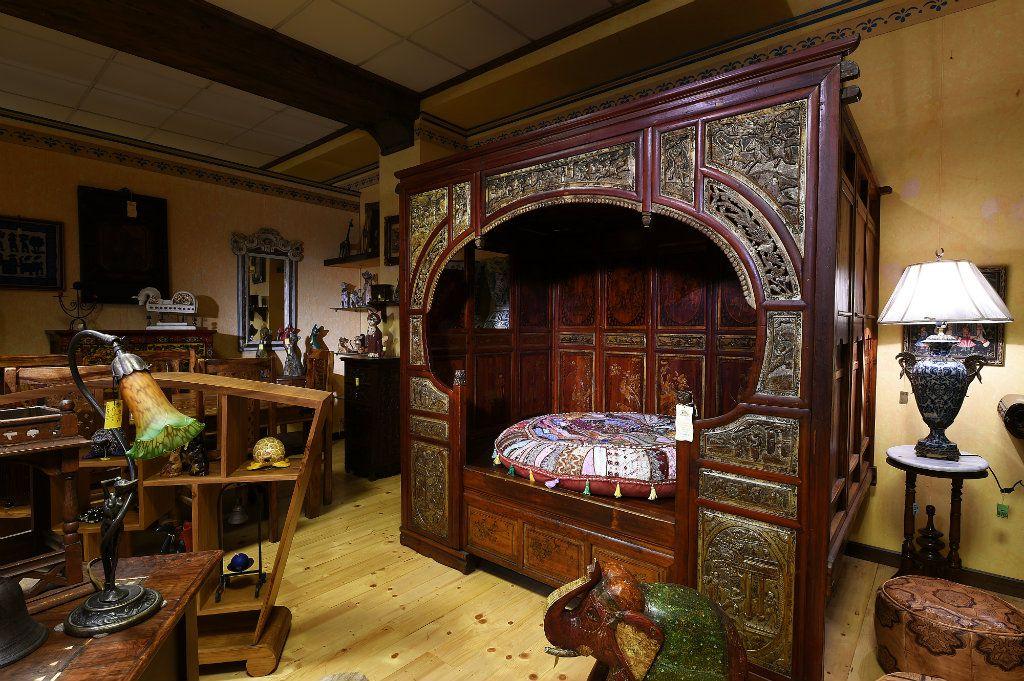 Arredamenti bianco mobili etnici e mobili classici for Arredamento casa bianco
